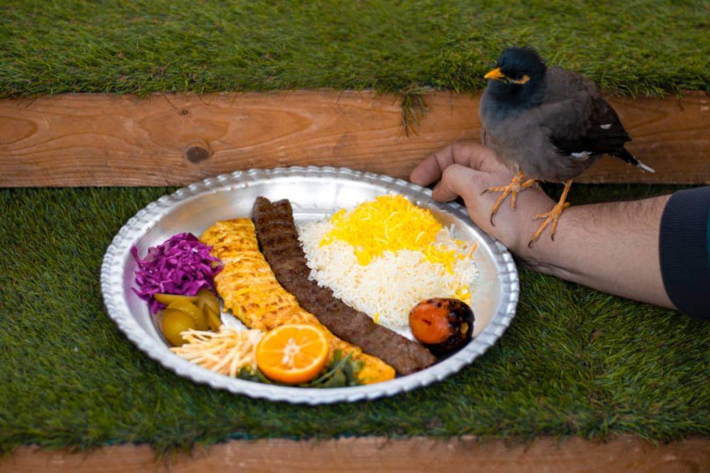 WhatsApp Image 2021 03 14 at 23.38.21 1024x682 - مجموعه باغ رستوران بهشت فین کاشان