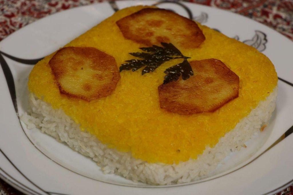 mohit2 1024x682 - مجموعه باغ رستوران بهشت فین کاشان