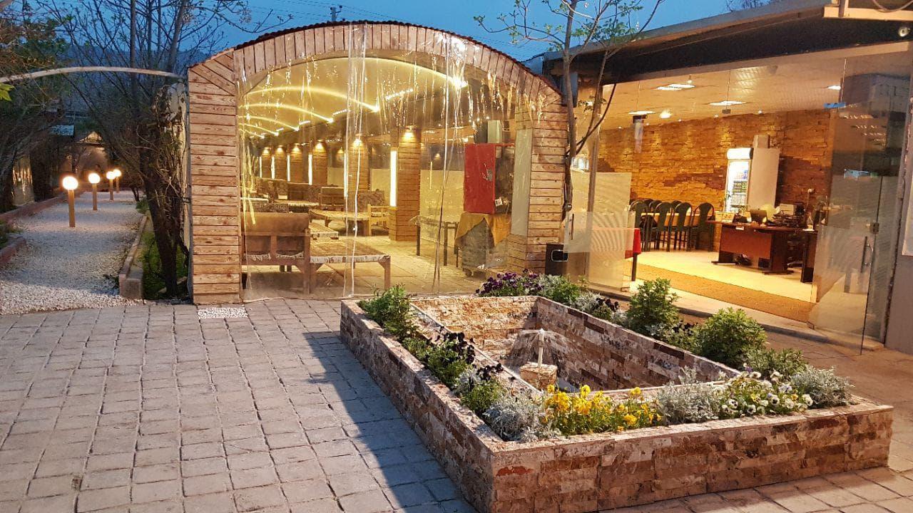 باغ رستوران بهشت