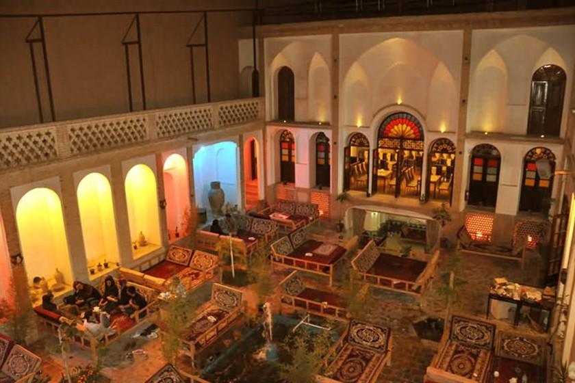 سفره خانه و رستوران عباسیان