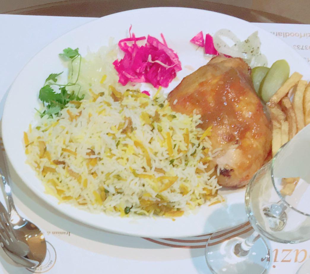 photo 2018 04 06 13 25 28 min 1024x906 - رستوران ایرانی فرنگی دلپذیر کاشان