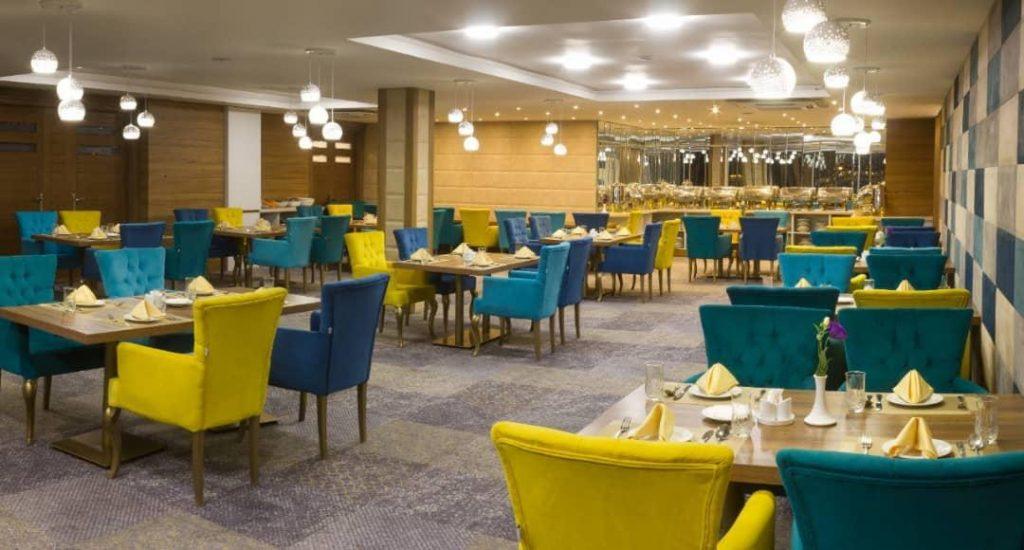 IMG 20190308 WA0005 min 1024x550 - رستوران بین المللی کی آشیان کاشان