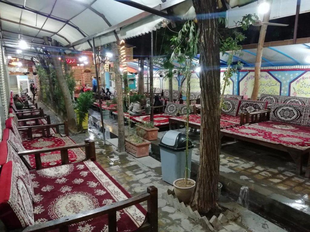 photo 2019 08 04 21 48 34 min 1024x768 - مجموعه رستوران سفره خانه و گلابگیری سنتی سروی کاشان